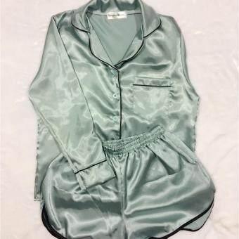 ชุดนอนผ้าซาตินสีเขียวหยก แบรนด์ Sleeping Beauty แขนยาว ขาสั้น ของแท้ ชุดนอนแฟชั่น ชุดนอนกางเกง