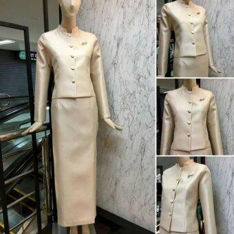 Dokpikul-ชุดผ้าไหมไทยจิตรลดา ชุดงานบวช งานมงคล งานแต่ง ไทยจิตรลดา บ่าเรียบ หรู ดูดีสุดๆ - สีทอง