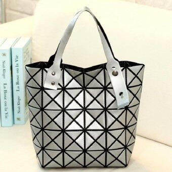 Bag Fashion กระเป๋าแฟชั่น สำหรับถือและสะพายไหล่ รุ่น011 (สีเงิน)