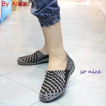 Alisa Shoes รองเท้าผ้าใบแฟชั่นสปอร์ต รุ่น F765 (Black/Grey)