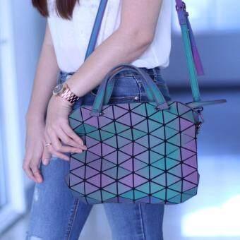 กระเป๋าถือ พร้อมสายสะพาย แฟชั่นผู้หญิง สวยมากๆ (เปลี่ยนสีได้) รุ่น ขนาด 10 นิ้ว