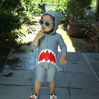 Korea Long Sleeve Swimming Suit Unisex Siamese Swimsuit Sunscreen Cartoon Shark Flat Pants - intl