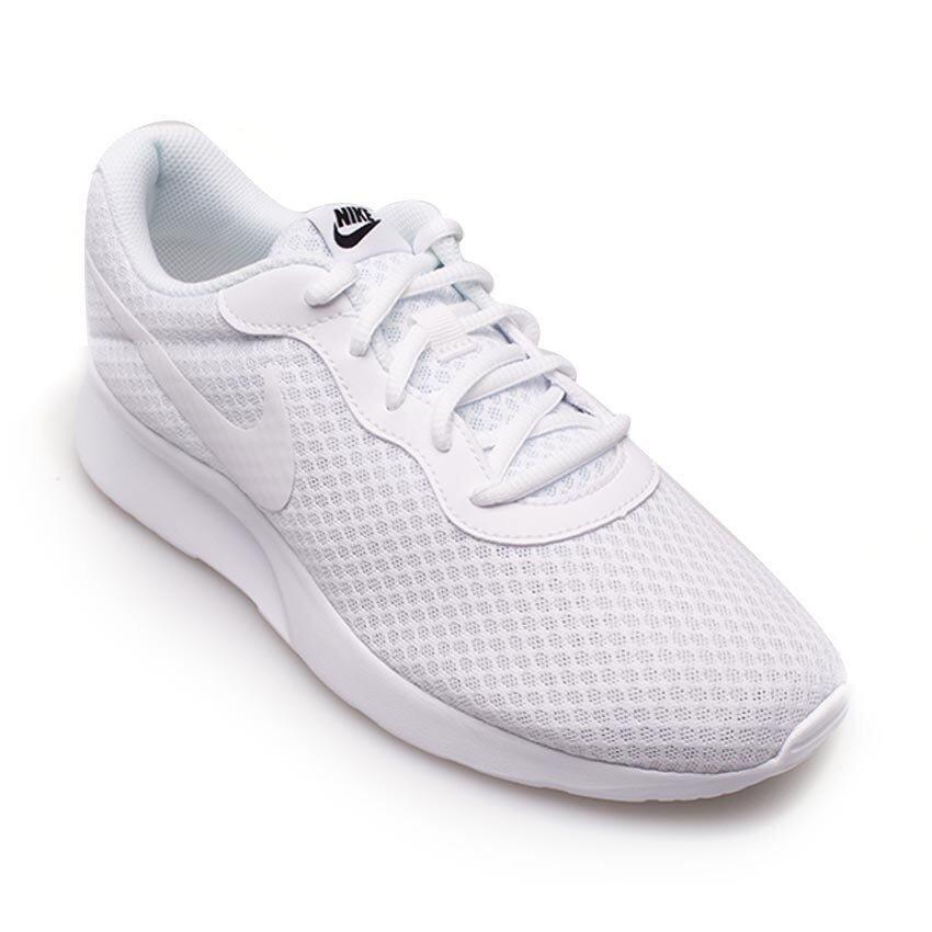 นำเสนอ Nike Men รองเท้าผ้าใบ ผู้ชาย รุ่น TanJun - 812654110 (White/White-Black)