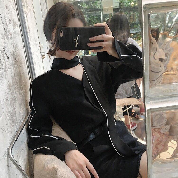 ย้อนยุคเก๋ผอมลูกไม้คอวีแขนยาวเสื้อชีฟอง (สีดำ)