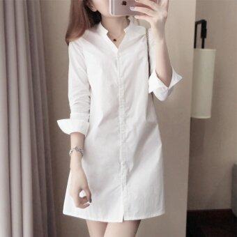 เสื้อเชิ้ตสีขาวแบบยาว ทรงคอวี เนื้อผ้าฝ้าย ฟรีไซท์ (สีขาว)