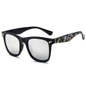Man style Sunglasses แว่นตากันแดด รุ่น 15929 C2 (White/Black)