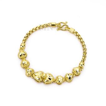 MONO Jewelry สร้อยข้อมือจากเศษทองแท้ ลายห่วงคล้องพ่นทรายประดับหัวใจแปดดวง น้ำหนัก ๑ บาท