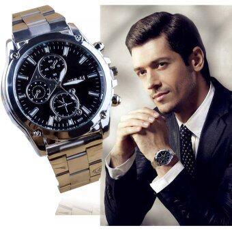 TravelGear24 นาฬิกาข้อมือผู้ชาย ระบบกลไกควอตซ์ สายสแตนเลส Stainless Quartz Watch(สีเงินหน้าปัดดำ/Silver and Black) 17M026