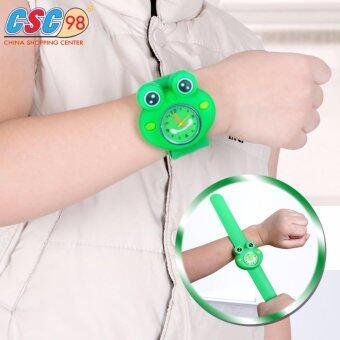 นาฬิกาข้อมือเด็ก รูปกบสีเขียวตาโต ดีไซน์สุดน่ารัก สายทำจากยางซิลิโคนมีความทนทานไม่ขาดง่าย