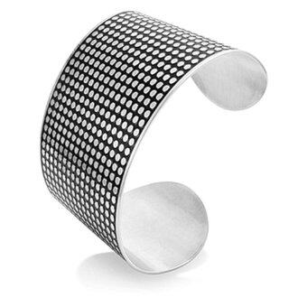555jewelry กำไลข้อมือสำหรับสุภาพสตรี ลาย Dot Texture รุ่น MNC-BG114-A - Steel
