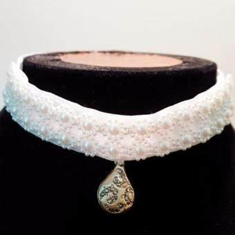 Pearl crystal choker necklace สร้อยโช้คเกอร์ประดับมุก