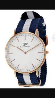 DW นาฬิกาแฟชั่น สายผ้านาโน ลายขาว สีกรมท่า