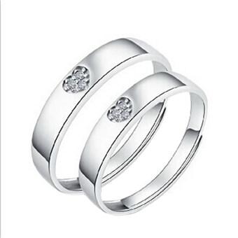หญิงชายคู่แหวนเงินแหวนหมั้นของขวัญคนรักสายสัญญากับช่อง