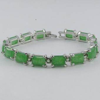 Pearl Jewelry สร้อยข้อมือหยก JD01