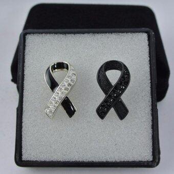 Pearl Jewelry เข็มกลัดไว้อาลัย โบว์ดำ คริสตัลสวา คู่ขวัญ B01