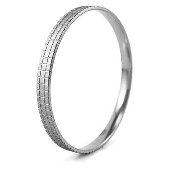 555jewelry กำไลข้อมือสำหรับสุภาพสตรี กำไลทรงกลม รุ่น MNC-BG067-A - Steel