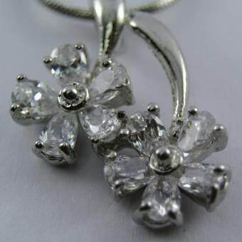 Pearl Jewelry สร้อยคอจี้ดอกไม้คู่ X
