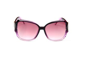 แฟชั่นแว่นตากันแดดผู้หญิง กรอบขนาดใหญ่ ดีไซส์ทันสมัย สีม่วง 1 อัน