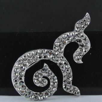 Pearl Jewelry เข็มกลัดไว้อาลัย 9 เพชรใหญ่ Metallic(White)