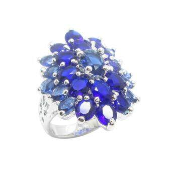 TanGems แหวนดอกไม้ประดับพลอยไพลินล้อม รุ่น 2445 (ทองคำขาว/ไพลิน)