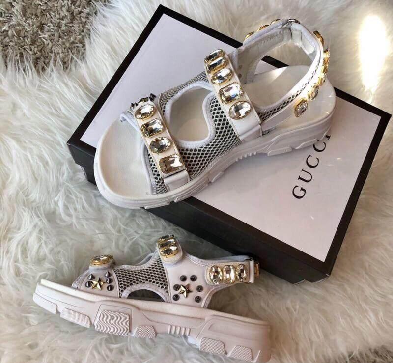 ขายดีมาก! รองเท้าแตะรัดส้นกุชชี่ Gucci  (สินค้าพร้อมกล่อง) ส่งฟรีKerry
