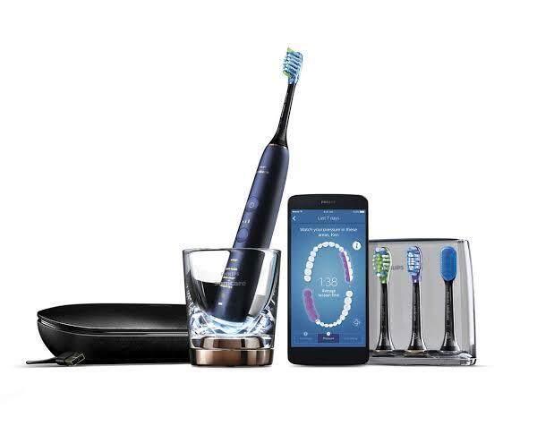 แปรงสีฟันไฟฟ้า รอยยิ้มขาวสดใสใน 1 สัปดาห์ สระบุรี Philips Sonicare DiamondClean Smart Electric Toothbrush 9700 Series   Lunar Blue Edition แปรงสีฟันไฟฟ้า HX9954 53