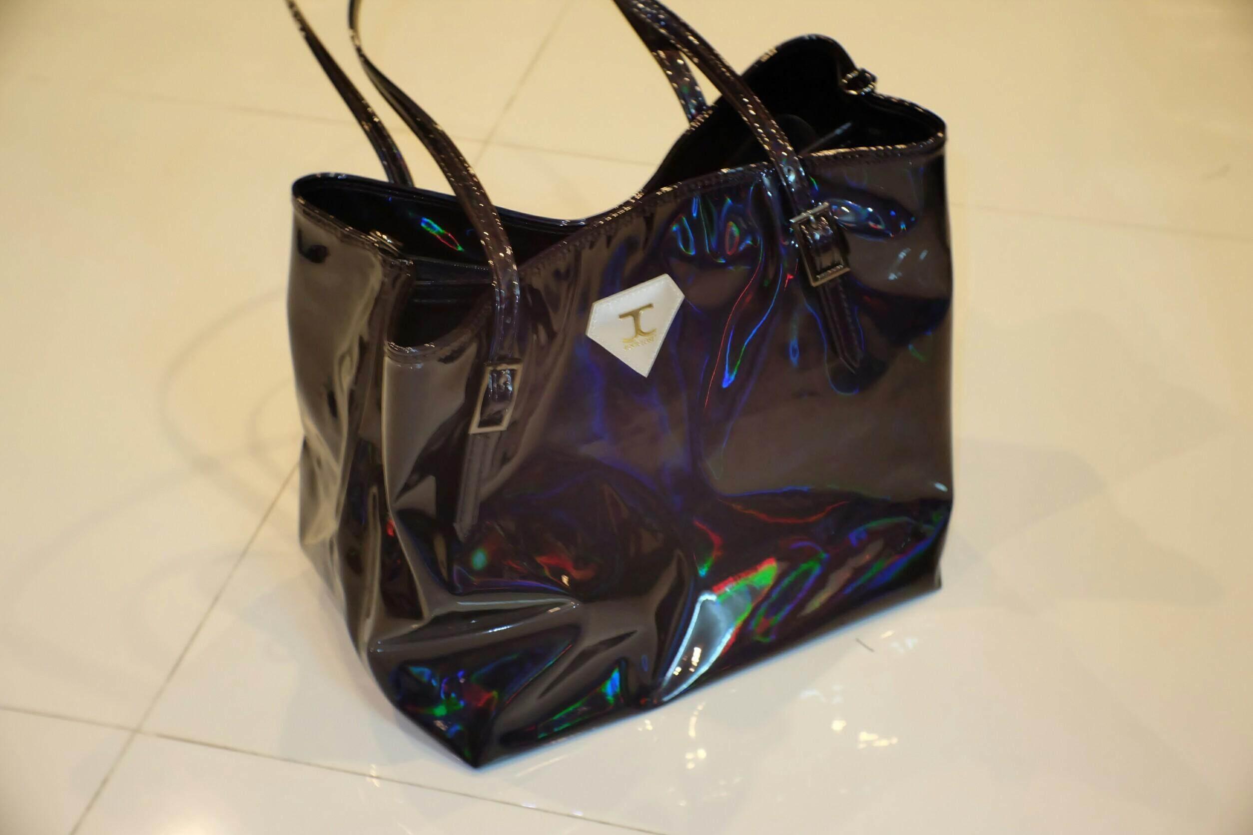กระเป๋าถือ นักเรียน ผู้หญิง วัยรุ่น ลำปาง JUSTCLOSET MIDNIGHT origianal tote bag   กระเป๋าtote จุดของเยอะมากเว่อร์ๆ เหมาะสำหรับเป็น กระเป๋าไปเรียน กระเป๋าทำงาน